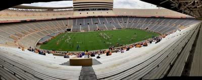 Tennessee's open practice- picture two