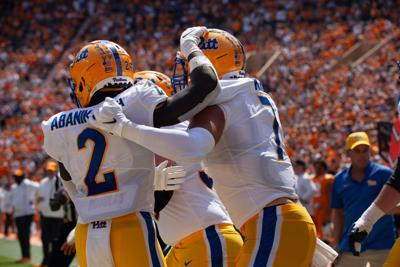 Pitt outlasts Tennessee in Johnny Majors Classic