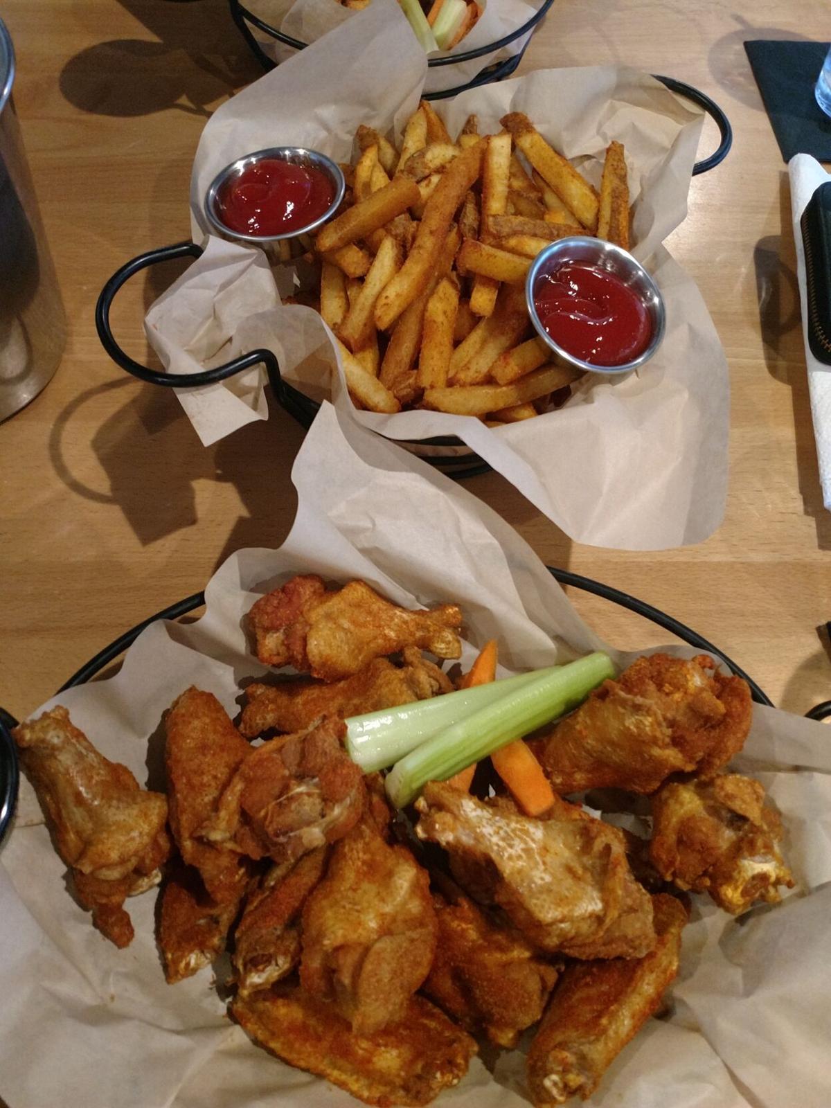 Big Kahuna Wings Food