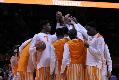 Notebook: Quick start, steady aggressiveness push Vols past the Bears