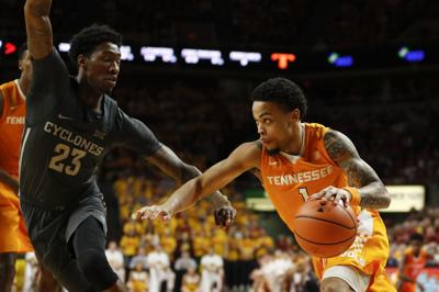 Turner's strong defensive play powers #22 Vols to road victory over Iowa
