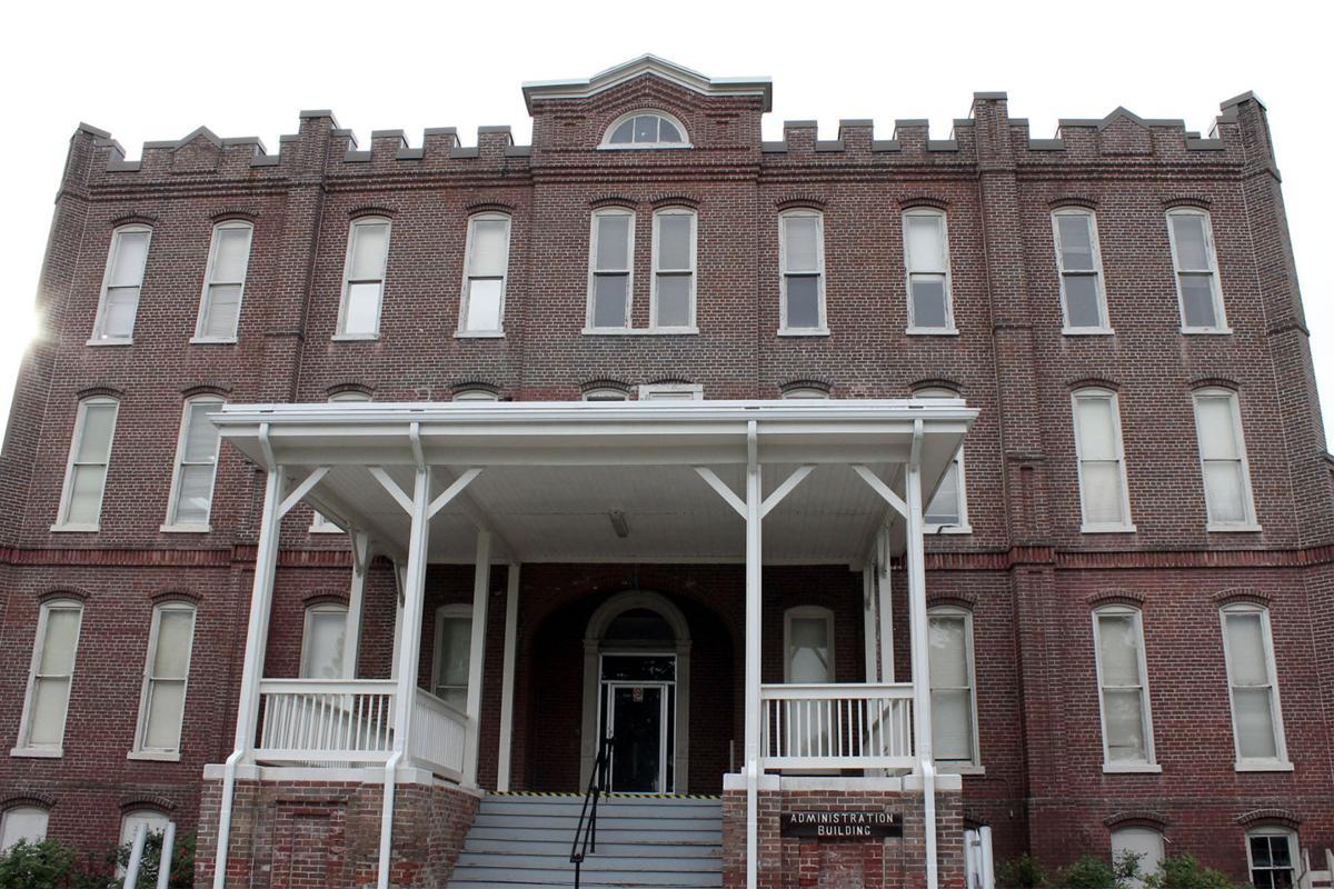 Former Mental Hospital Leaves Mark On Knoxville Community News
