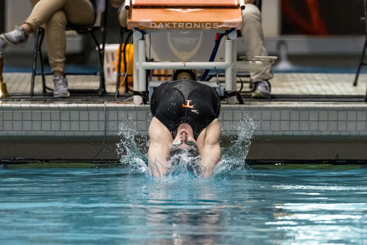 AquaVols break records, enjoy middle of the pack finish at SEC championship #2