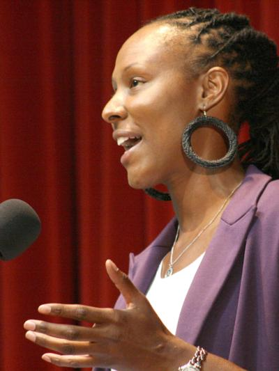 Holdsclaw inspires students
