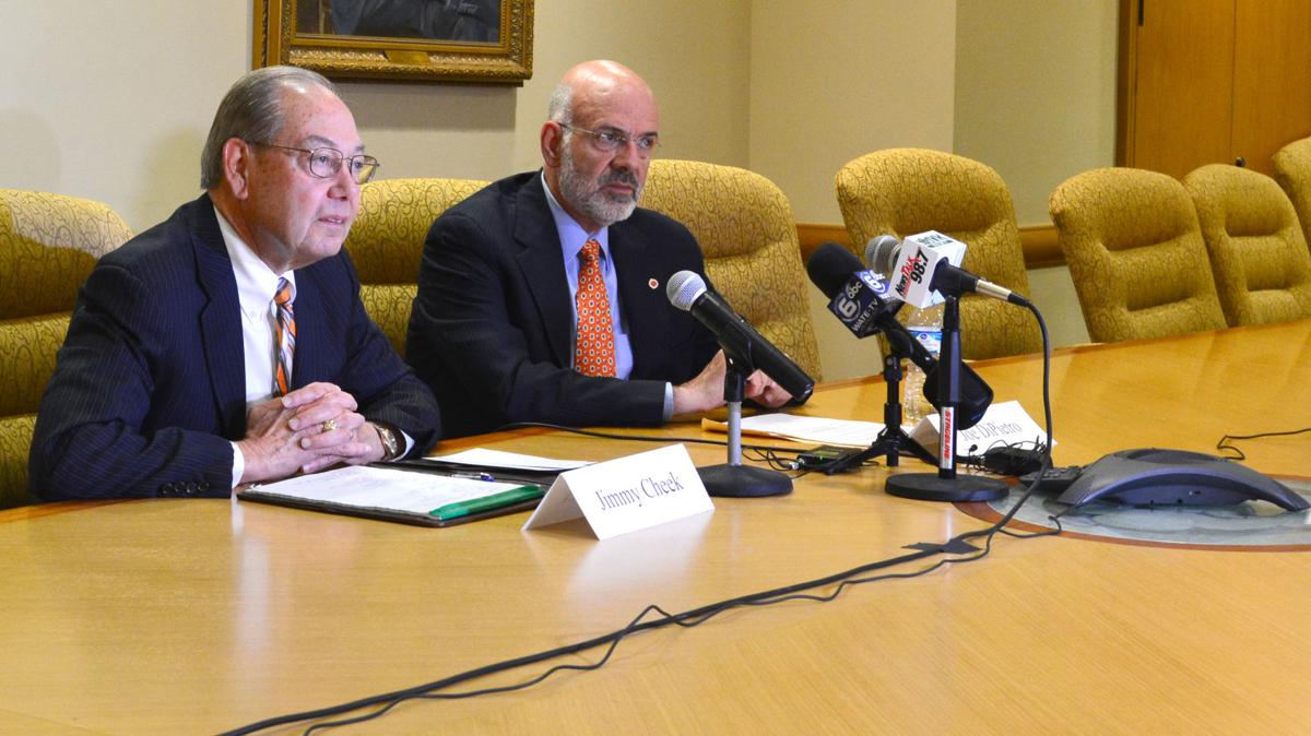 Jimmy Cheek Retires as Chancellor of UT Knoxville - Press conference