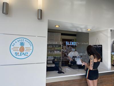 Student ordering Blenz Bowls