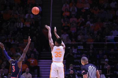 Vols Basketball vs Auburn