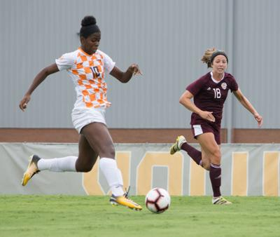 Career Night For Shaw Leads No 12 Vols Past Kentucky