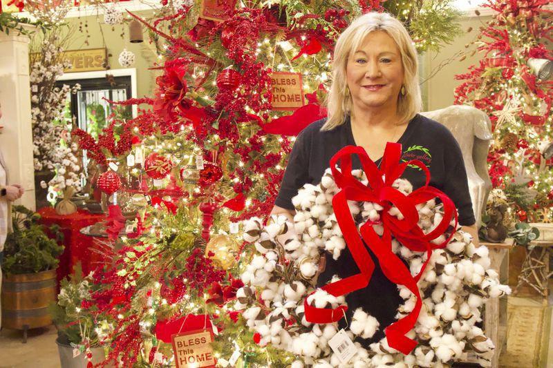Downtown shops partner for Christmas