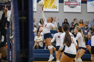 Valwood volleyball players receive region awards