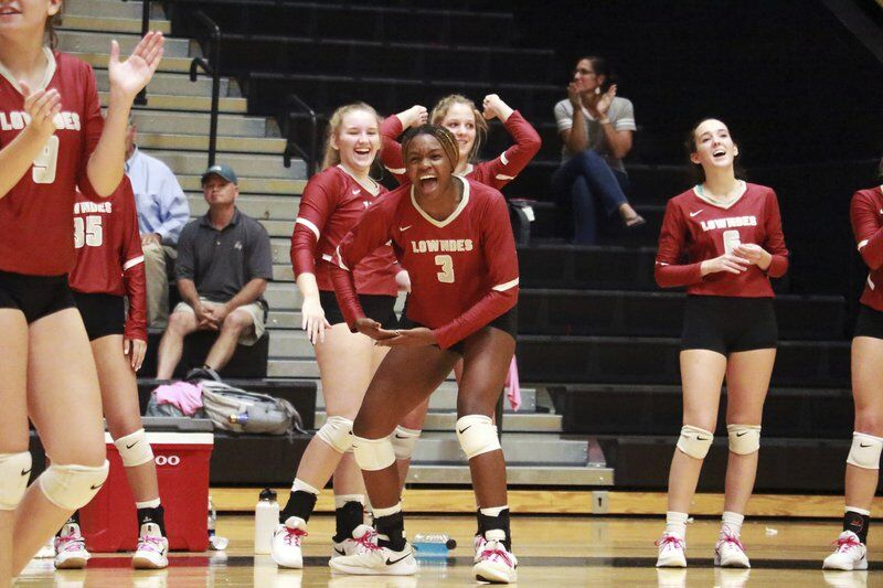 'All gas, no brakes': Lowndes volleyball sweeps Valdosta in three sets