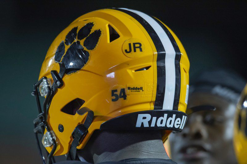 Wildcats honor legendary defensive coordinator Rudolph with helmet patch