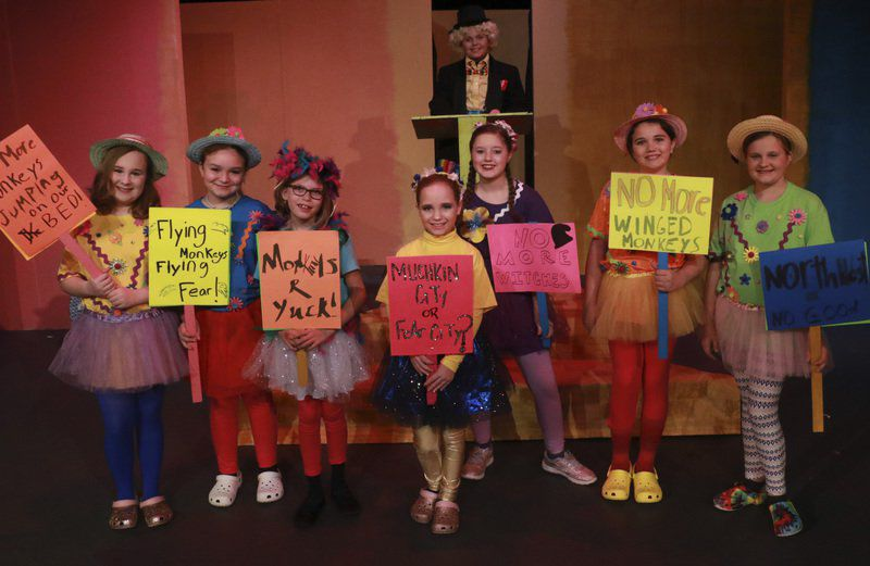 Christmas in Oz: Theatre Guild follows Yellow Brick Road to holiday spirit