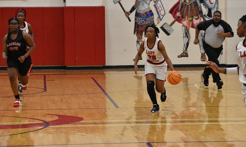 Lady Dawgs fall in first round of region tournament, ends season