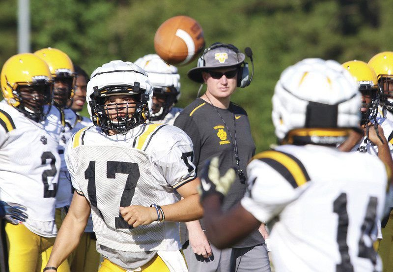 Qb Hunter Holt To Take Charge Of Valdostas Offense Local Sports