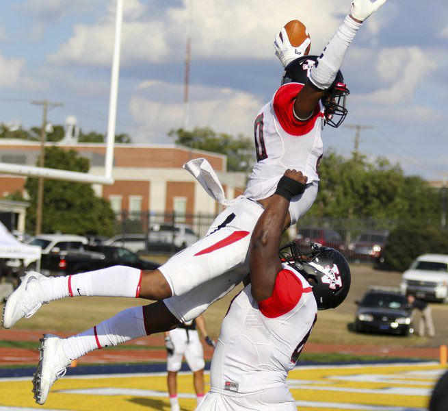 official photos b4610 67788 Fortson provides big plays for VSU on the outside | Local ...
