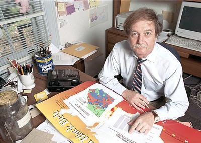 Pleasant Uga Professor Demographer Douglas Bachtel Dies State News Home Interior And Landscaping Fragforummapetitesourisinfo