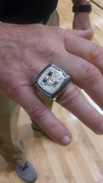 Bling Bling: Valdosta High wrestling team receives championship rings