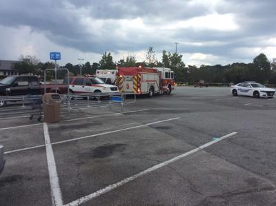 Update Valdosta Police Gather At Perimeter Walmart News