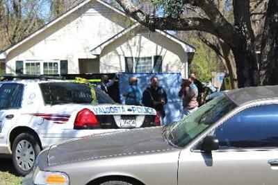 One Killed One Injured In Valdosta Shooting News Valdostadailytimes Com