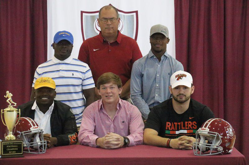 Lowndes has five football players sign with colleges