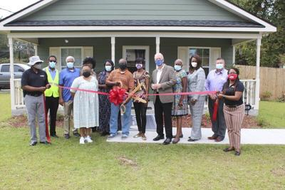 City cuts ribbon on grant house