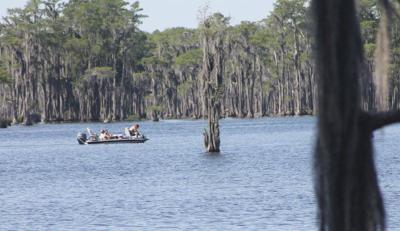 Feds may open Banks Lake to hunting