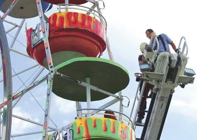 Kids fall from Ferris wheel owned by Valdosta firm