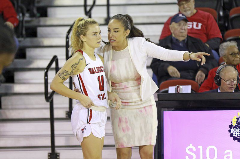No. 12 Blazers hang on to beat Golden Rams, Lady Blazers secure blowout