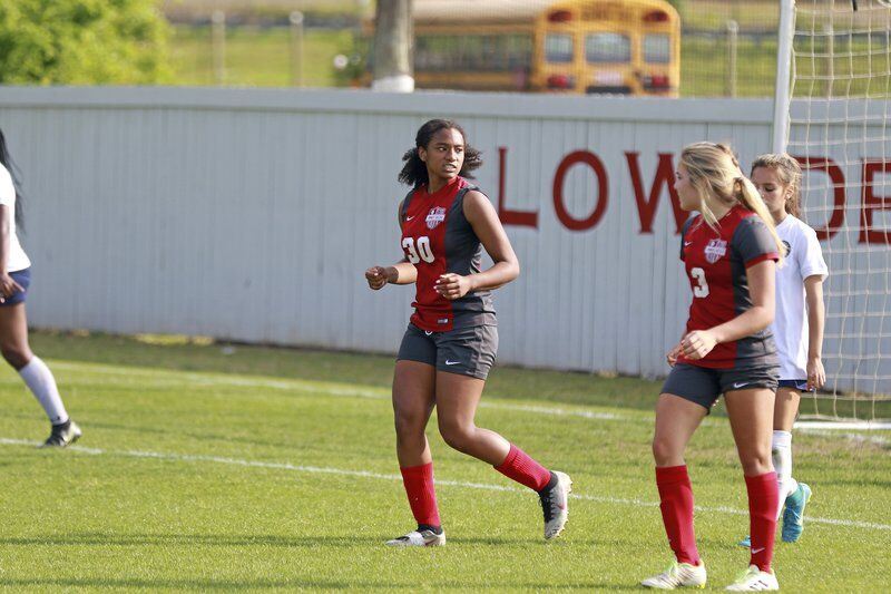 Lowndes girls fall to Grayson in state playoffs