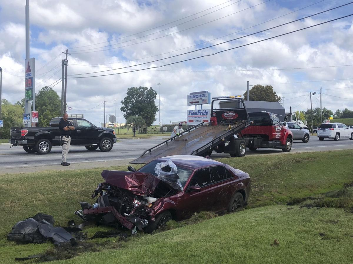 High-speed chase ends in wreck