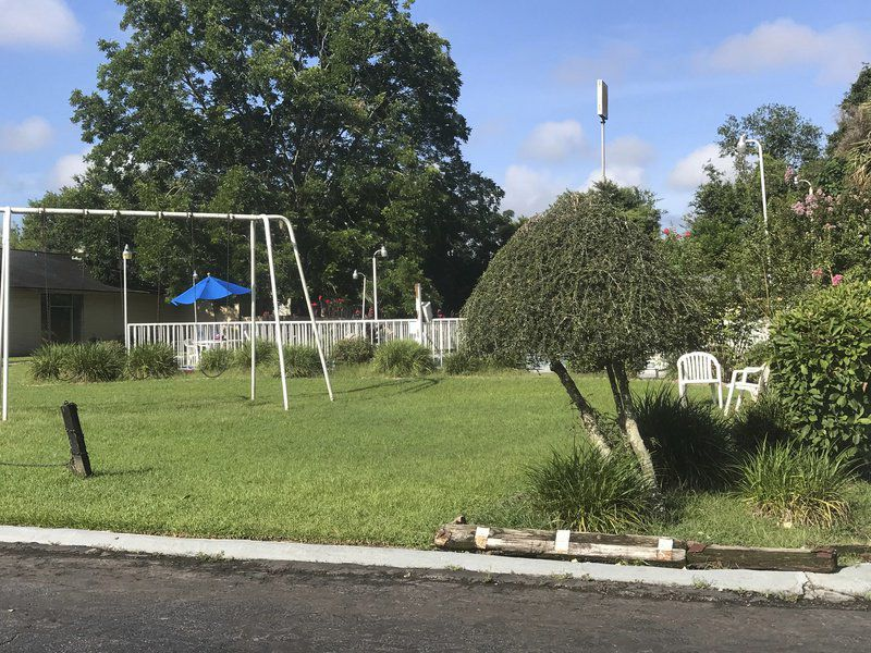 5-year-old drowns at motel