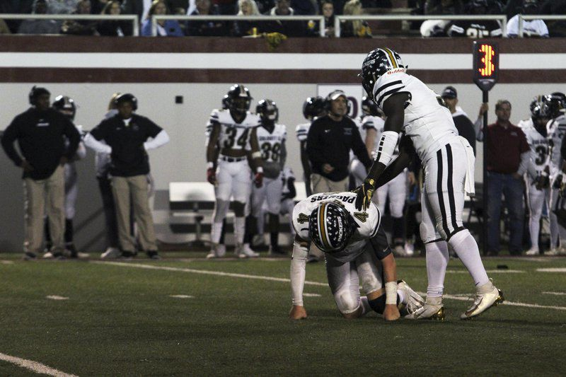 The Sum of All: No. 1 Vikings win region title, complete undefeated regular season with win over No. 3 Packers