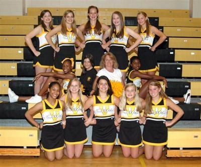 VDT cheerleaders