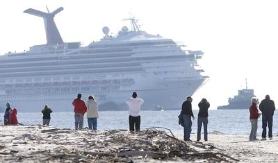 Disabled Cruise Ship_Rich copy.jpg