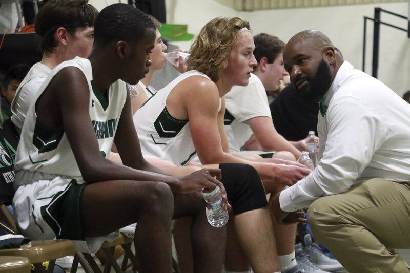 Highland boys, girls escape with wins in closing seconds