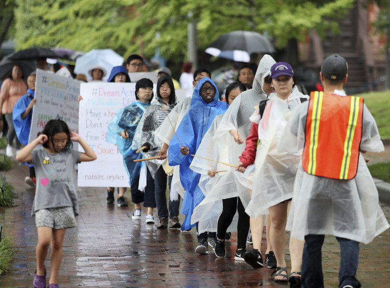 Connecticut 'Dreamers' march in DC to support immigration program
