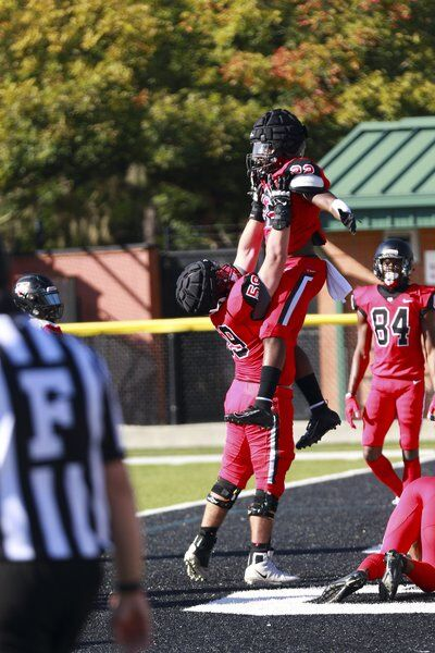 The Boys of Fall: Red edges Black in Blazers' fall scrimmage