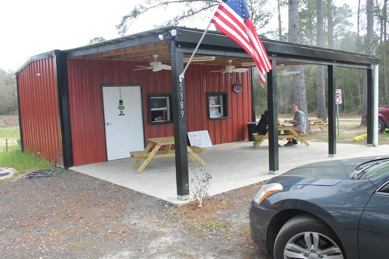 Barbecue spot opens in Clyattville