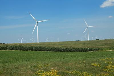 Iowa counties see revenue with wind turbines