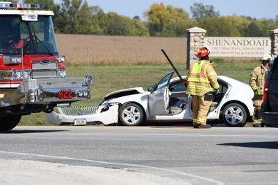 Three injured in crash south of Shenandoah