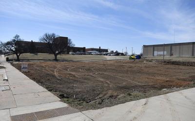 EPS plans parking lot on Independence