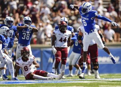 Hammond leads way with 3 TDs; Air Force beats Colgate 48-7