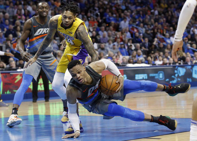 Thunder's starting lineup issues show in loss to Lakers