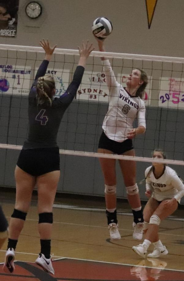 Unioto at Vinton County volleyball