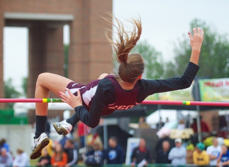 VC's Barney places 6th in state long jump