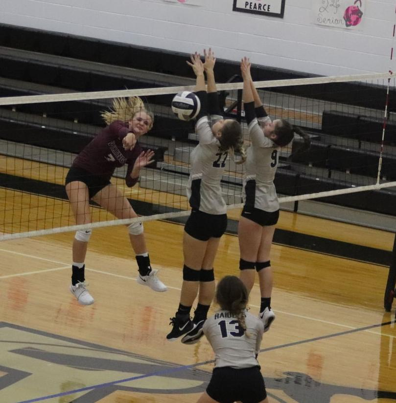 Vinton County at River Valley volleyball (copy)