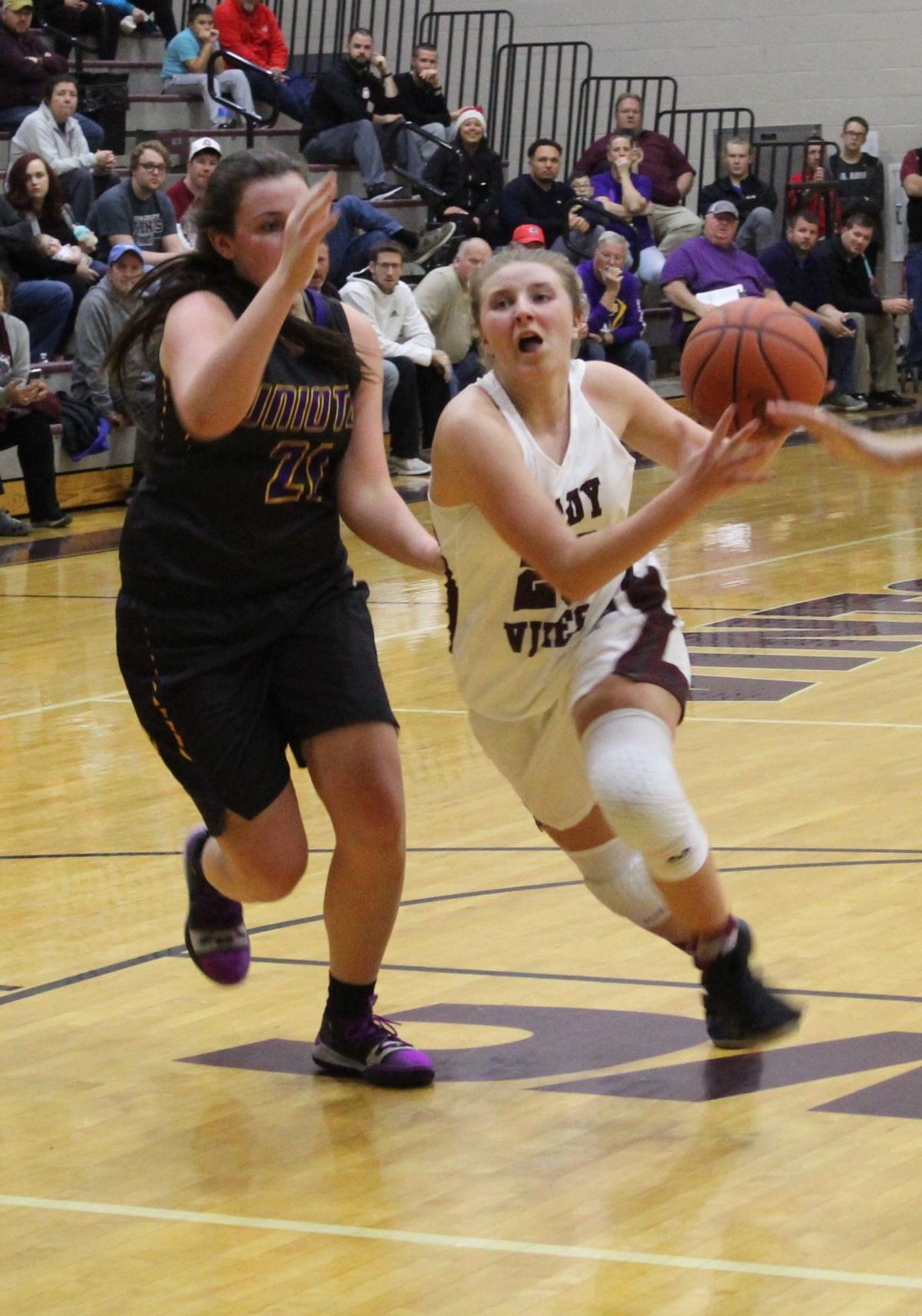 GIRLS BASKETBALL: Vikings hold off pesky TVC foe Alexander