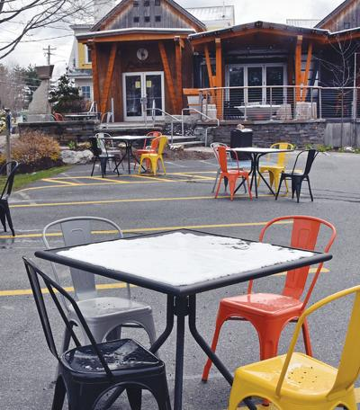 Piecasso's outdoor seating