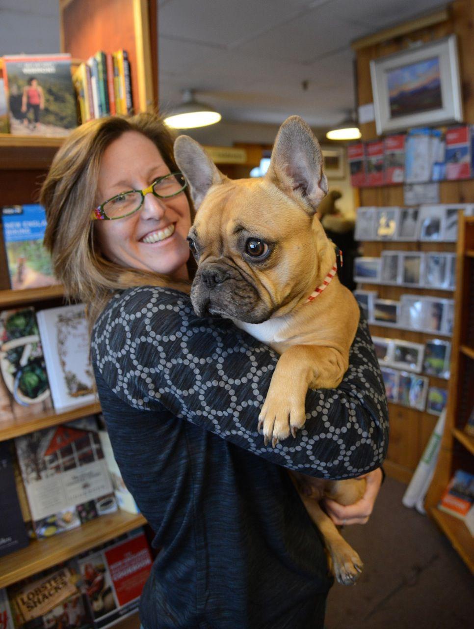 4393 Awards: Best book store - Jennifer Hale, Bear Pond Books